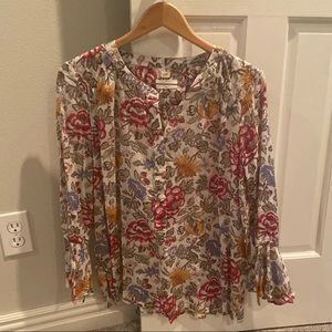 Ann Taylor Loft Bell Sleeve 1/2 button Blouse L